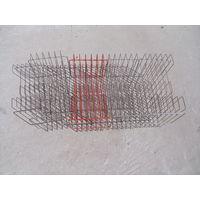 Решетки-подставки для виниловых пластинок.