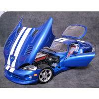 Модель 1:18. Dodge Viper GTS Coupe. Italy