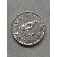 Новая Зеландия 6 пенсов 1952г Последний год Георга VI С рубля