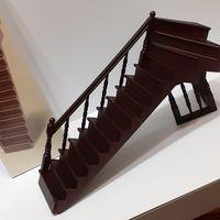 Лестница новая в упаковке (кукольный дом в викторианском стиле, Дом мечты ДеАгостини DeAgostini, миниатюра 1:12)
