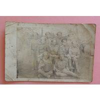 "Фото ""Солдаты РИ с гармошкой"", д. Теребежево, Столинский р-н, 1917 г."