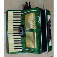 """Аккордеон """"Ария"""" 50-60-е годы. Не исправный. Западают клавиши."""