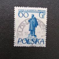 Марка Польша 1955 год. Памятники в Варшаве