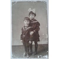 Фото. Дети в матросках. 1930-е? 8х12.5 см.