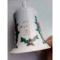 Рождественский колокольчик из фарфора 8 см. Шотландия.