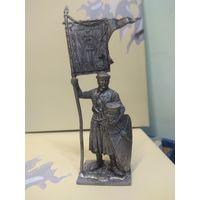 Солдатик оловянный(военно-истоическая миниатюра) рыцарь ордена меченосцев со знаменем