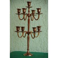 Подсвечник на 9 свечей   ( высота 43 см , ширина 23 см , диаметр свечи 2 см )