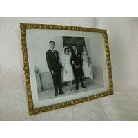 Старенькая  рамка с  фотографией. Бронза.