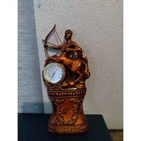 Настольные часы знаки зодиаки стрелец. Высота 17си