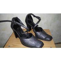 Серебристые туфли, р.37