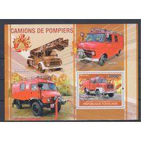 [1332] Того 2010. Пожарные автомобили. МАЛЫЙ ЛИСТ + БЛОК.