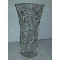Цветочная ваза из граненого хрусталя
