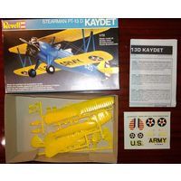 1/72 Revell PT-13 Kaydett биплан