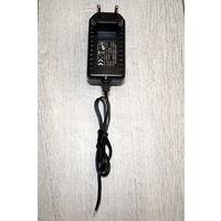 Cетевой адаптер (Блок питания 12В 2А) Yongnuo FJ-SW120200E