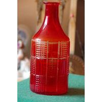 Графин красное стекло 20,5 см