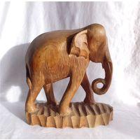 Статуэтка Слон Резьба Дерево Таиланд 26 см