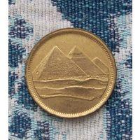 Египет 5 пиастр. Пирамиды. Инвестируй в коллекционирование!