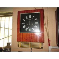С 1 рубля.Часы настенные с боем Янтарь
