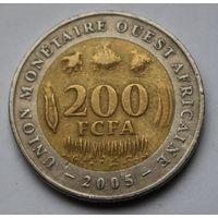 Западная Африка, 200 франков 2005 г.