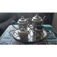 Антикварный чайный сервиз