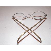 Старинные очки