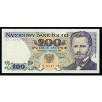 Польша. 200 злотых 1988 года. Серия EN. P144c. UNС