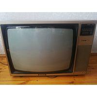 Цветной телевизор Sanyo + ЦТ горизонт
