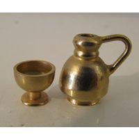 Кувшин и чаша  Миниатюры бронзовые  10 и 20 мм высоты