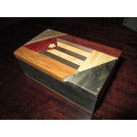 Кубинская шкатулка с секретом из ценных пород дерева.