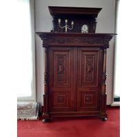 Антикварный шкаф вильгельминийский стиль Vertiko