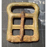 Старинная бронзовая пряга