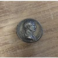 Тридрахма римского императора Траяна