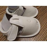 МОДНАЯ ОБУВЬ белые сандали