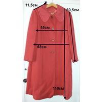 Пальто красное демисезонное, р.48-50