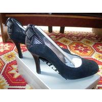 Женские модельные туфли, 39 р.