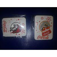 Значки новогодние - Кока-кола (Санта и Фургон) в упаковке