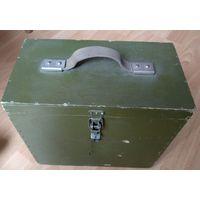 ЗИП радиста армейский в деревянном ящике с комплектом радиоламп