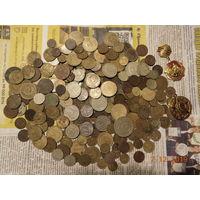 МОНЕТОСЫ разные и другое (всё вместе, вес примерно 750 грамм) с рубля ! На три дня!