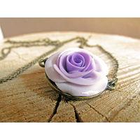 Подвеска ручной работы с розой