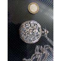 Продам часы кварцевые из коллекции