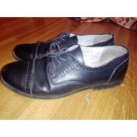 Туфли .нат.кожа.(24 .5)