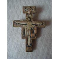 Старый красивый крест.