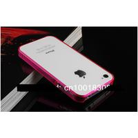 Силиконовый чехол-бампер для Айфон iPhone 4 4S не увеличивает размеры и надежно защищает iPhone от сколов, царапин и повреждений. Материал очень плотный силикон.   Покупали с друзьями комплект. 3 чехл