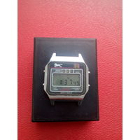 Часы Электроника с 1 рубля без мц!!! (лот 1)
