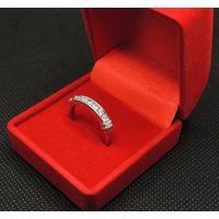 Элегантное кольцо Ag_925 с 7 фианитами, Р-18, 2.82 гр.