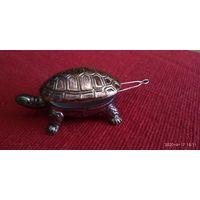 Черепаха- шкатулочка. Винтаж. Металл. Позолота. 7,5х 4,5  х4,5