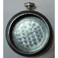 Корпус на карманные военные часы DOXA (D 2436363 H) . 40-е годы для Германии. Диаметр 5 см. диаметр механизма 4см.