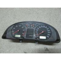 104595C Volkswagen Passat B5 щиток приборов 3b0919880