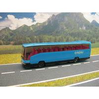 Mодель автобуса MERCEDES 0404. Масштаб НО-1:87.