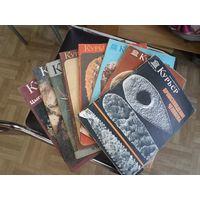 """Девять номеров журнала """"Курьер ЮНЕСКО""""(1972-1989 г.г.) одним лотом."""